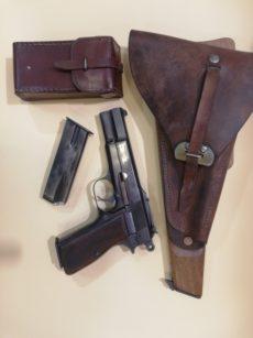 Pistolet semi automatique FN GP 1935 réglementaire belge