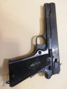 Pistolet RADOM calibre 9x19
