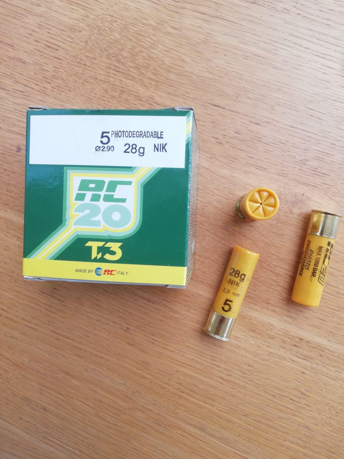 Cartouches marque RC, série CACCIA, calibre 20, T3, 28 grammes, plombs nickelés
