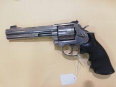 Revolver SMITH et WESSON, modèle 686
