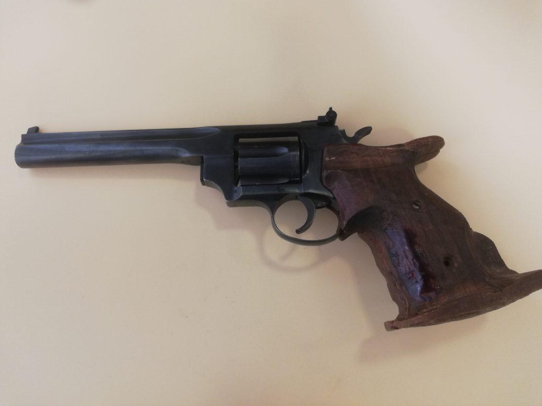 Revolver TOZ modèle 36, calibre 7,62x35R Nagant