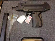 Pistolet Walther modèle micro Uzi, calibre .22 long rifle