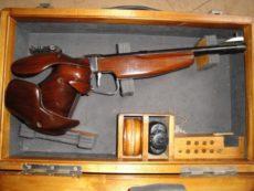 Pistolet TOZ 35 calibre 22 long rifle